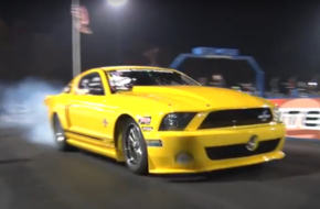 Big-Turbo Shelby GT500 Makes Running Sixes Look Easy!