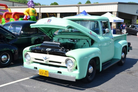 Fords Gather In North Carolina To Raise Money For Children