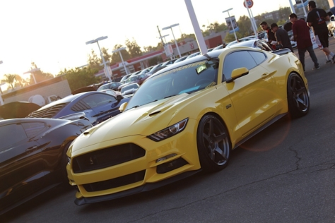 mustangs-after-dark-brings-old-and-new-enthusiasts-together-0022